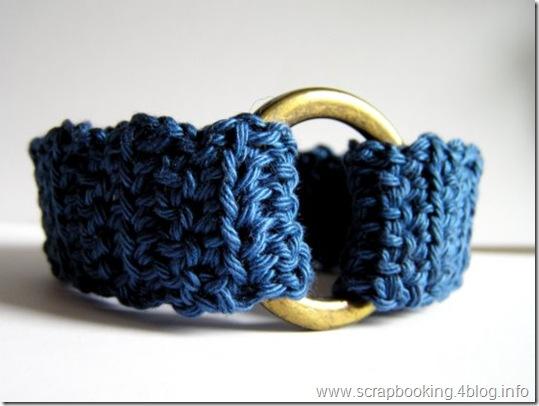 parure cotone blu e ottone, closeup