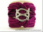 Un nuovo modello di braccialetto all'uncinetto, colored chain