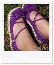 Crossover Strap Mary Janes di Sylver