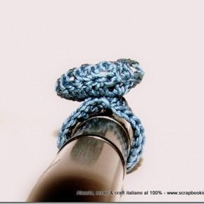 Ancora prove per incastonare pietre su gioielli a crochet
