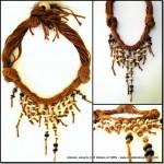 Natural Coconut Necklace, ancora filati e perle di legno