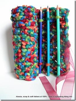 Pencil Roll a crochet, un porta-tutto all'uncinetto