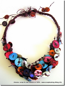 Purple and Colors Necklace, tantissimo colore, fili e madreperla per una collana