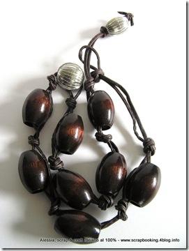 Cuoio e legno, una collana un pò diversa dal solito