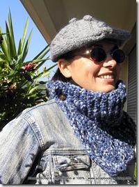 Un berrettino di lana grigia, il basco lavorato ai ferri