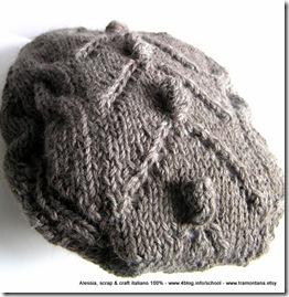 Ancora un basco ai ferri, in lana e alpaca