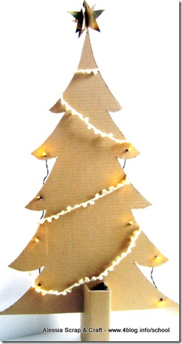 Lavoretti di Natale: l'albero di cartone riciclato Eco Chic Craft Christmas