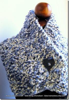 scaldacollo e scaldaspalle in lana grossa, Valentine Blue