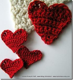 San Valentino: le toppe a cuore realizzate all'uncinetto