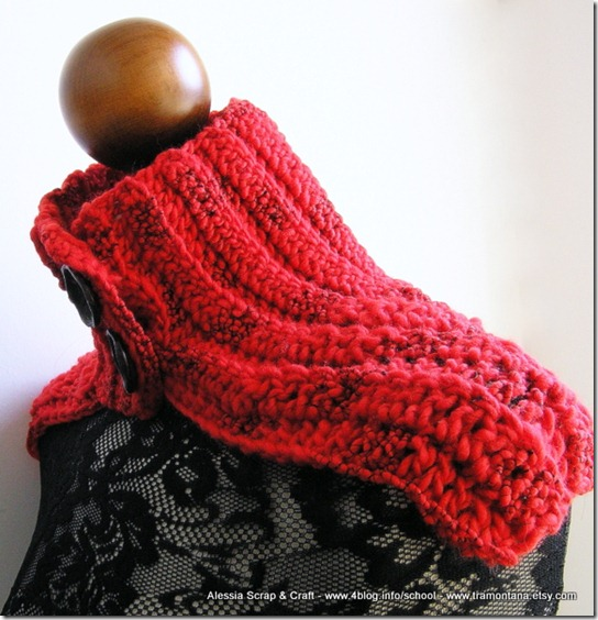 Scaldacollo a mantellina, Red Passion Crochet
