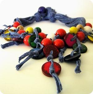 Colors Coconut Necklace 2