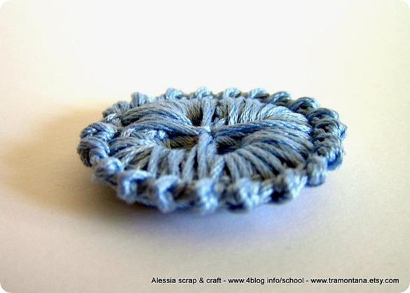 Bottoni a crochet a 4 fori, ecco un altro pattern