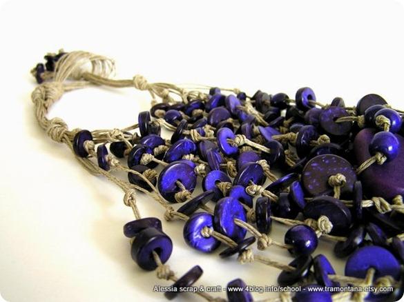 Lino color corda e viola intenso, un'altra collana