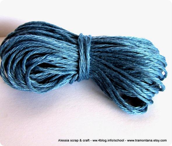 filato di puro lino color azzurro carta da zucchero