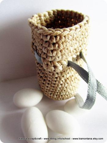 """Bomboniera, porta bijoux o porta dentini? Nuovo pattern """"clean & simple"""" a crochet"""
