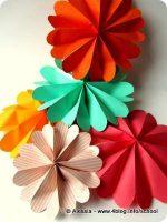 Tutorial: fiorelloni colorati e ghirlande di Pasqua