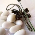 Bomboniere fai da te: libellule di lino e lavanda