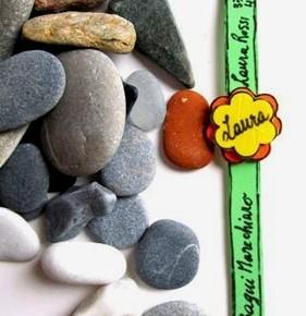 Bambini: braccialetto DIY per non perdersi in spiaggia