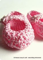 "Scarpine crochet: ""Little Star"" su modello Mary Jane"
