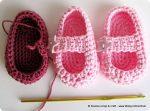 Piccole scarpine a crochet crescono ancora…
