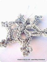 -50 giorni a Natale: ancora fiocchi di neve all'uncinetto