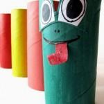 Lavoretti, uno zoo con i tubi di cartone: la rana