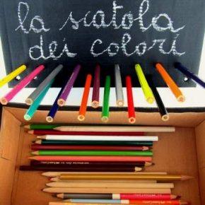 I bambini e i colori: una scatola riciclata per organizzarli
