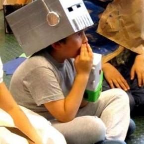 Recita scolastica: come fare una maschera da robot in poche ore