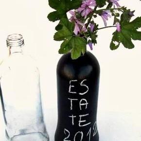Vaso lavagna fai da te da bottiglie e vasetti di riciclo