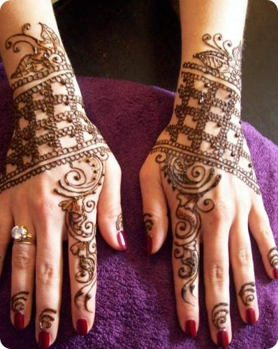 Guest Post: come fare decorazioni e tatuaggi con l'hennè o henna