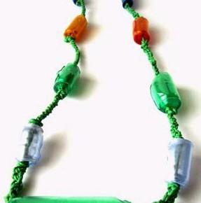 Plastic Green: la collana con le perle di plastica riciclata