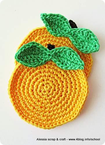 Scuola di Uncinetto: tutorial mela sottobicchiere