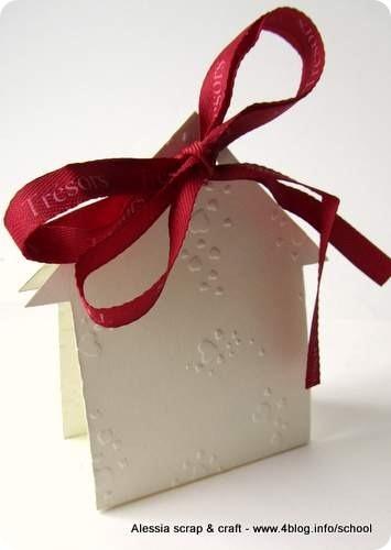 """Countdown Natale: scatoline """"casetta"""" faidate per regali"""