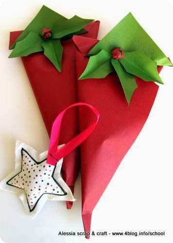 Countdown Natale: pacchettini faidate con agrifoglio