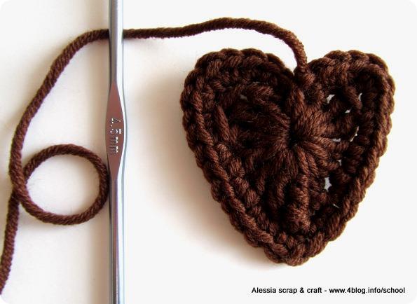 San Valentino: cuori facili facili all'uncinetto
