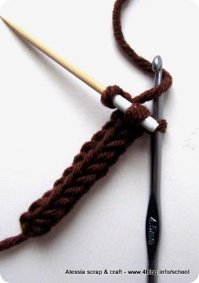 Scuola di Uncinetto: i-cord il cordoncino fatto a crochet