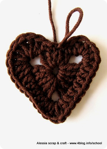 San Valentino: tutorial cuori granny all'uncinetto