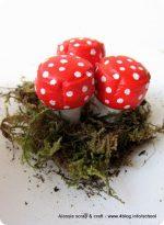 Muschio e funghetti a Pasqua: riciclo tappi di spumante