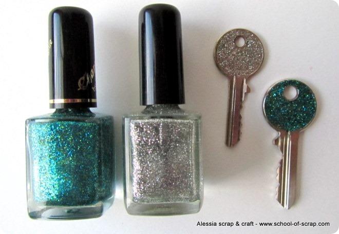 Riciclo e idee: chiavi personalizzate con smalto glitter