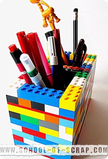 Back to School: portapenne fatti con vecchi mattoncini Lego