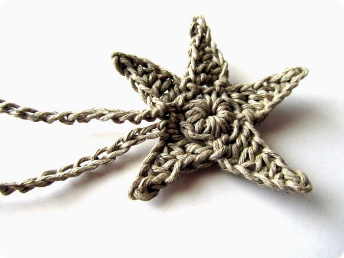 Uncinetto: braccialetto dell'amicizia con la stella marina