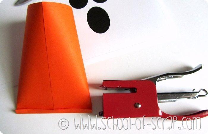 Halloween con i bambini porta caramelle da stampare e - Porta da colorare ...