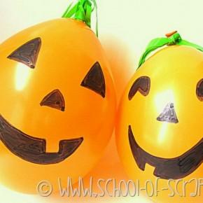 Halloween con i bambini: facciamo le zucche di palloncini