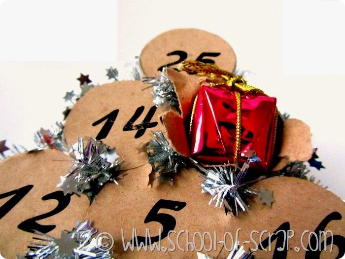Lavoretti di Natale: fare il calendario dell'avvento con i tubi di cartone