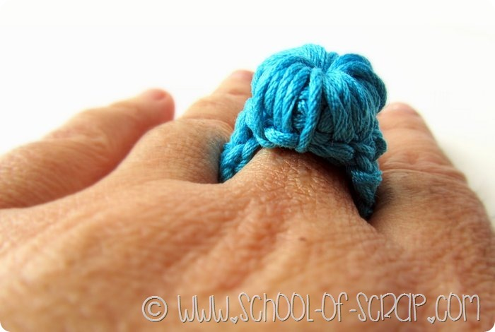 Scuola di Uncinetto: il mio anello con il bottone