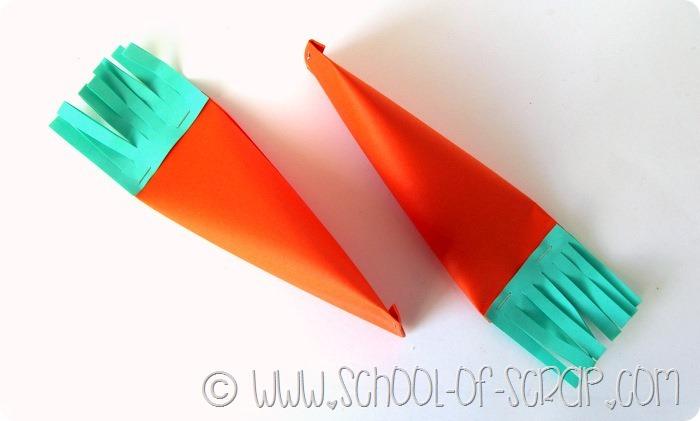Lavoretti di Pasqua: le carotine di carta con le uova dentro