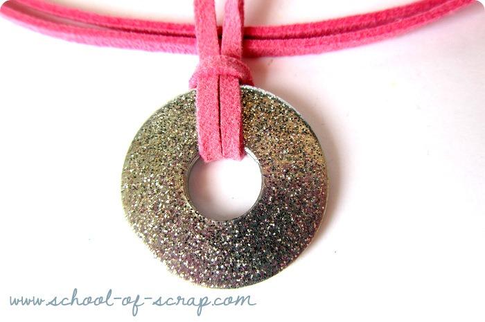 Hardware: collane con rondelle, glitter e colori sorbetto