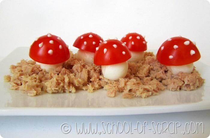 Quando cucinano i bambini: funghetti di pomodoro e mozzarella