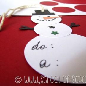 Idee per Natale: fai da te la tag a forma di pupazzo di neve per i regali