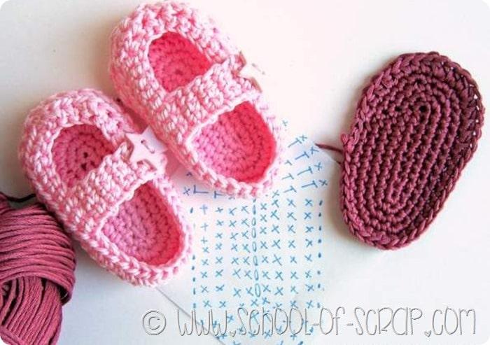 Super Scuola di Uncinetto: come si fanno le scarpine per neonati Little  HB58